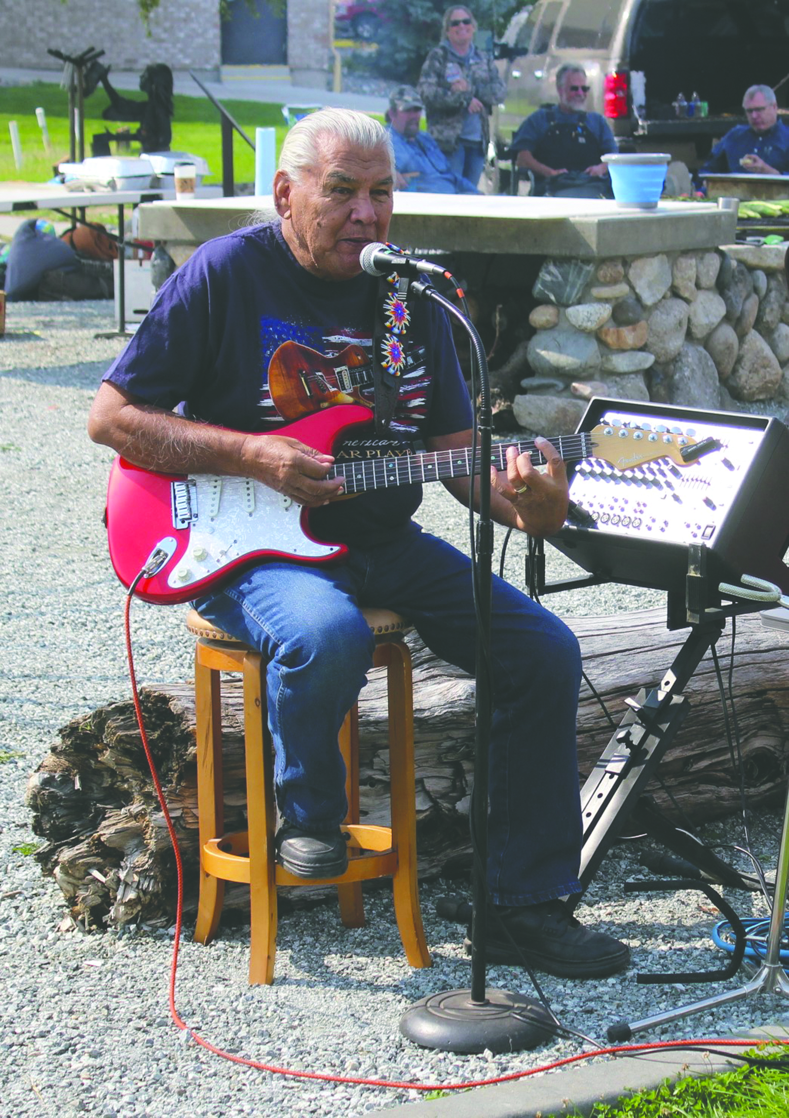 Alex Cleveland entertained with vocals and guitar.